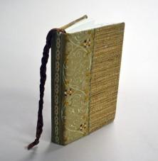 e. Artist book